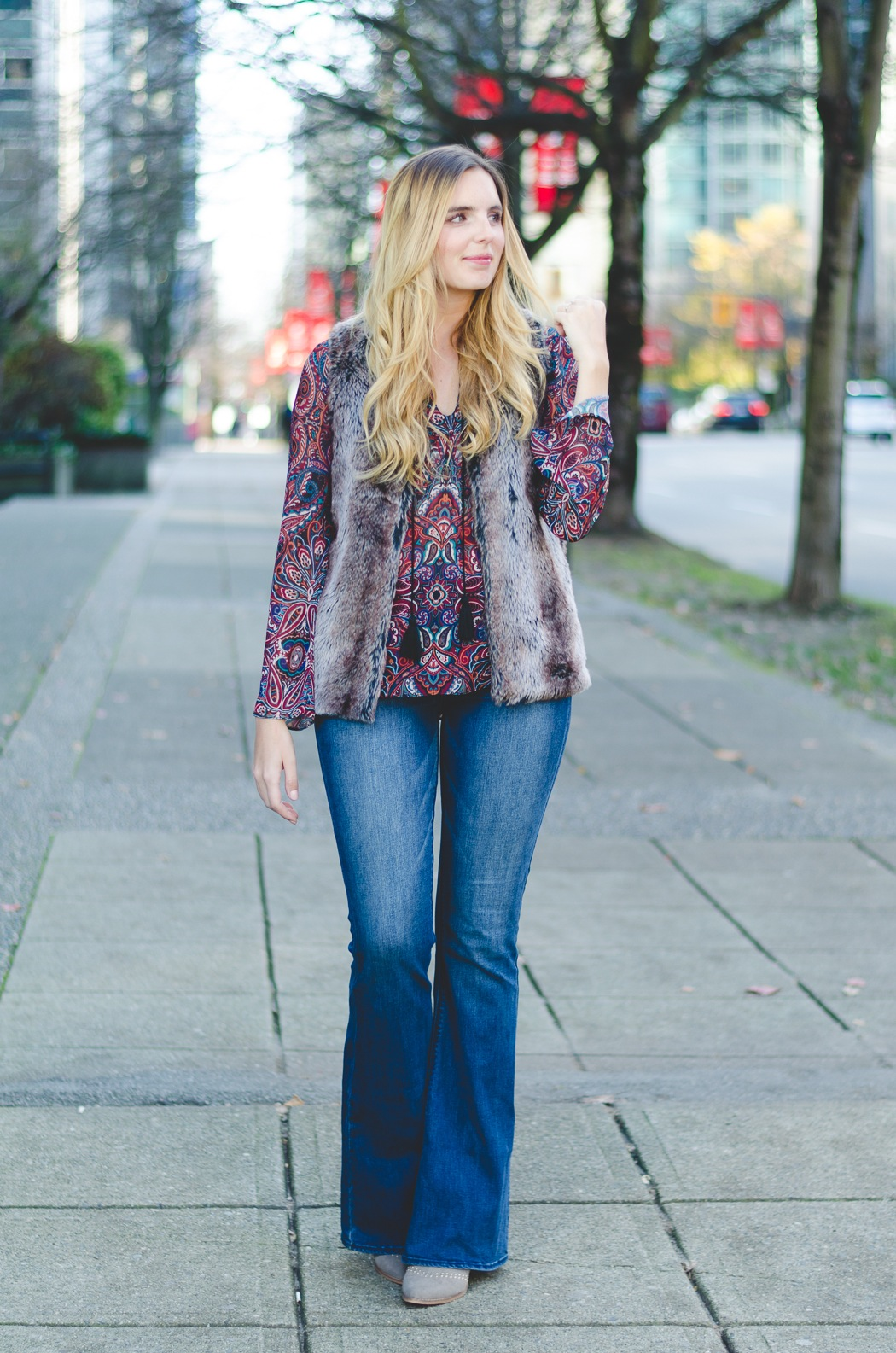 how-to-look-stylish-in-flared-jeans